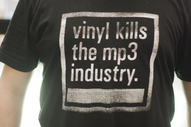 first-digital-music-sales-decrease