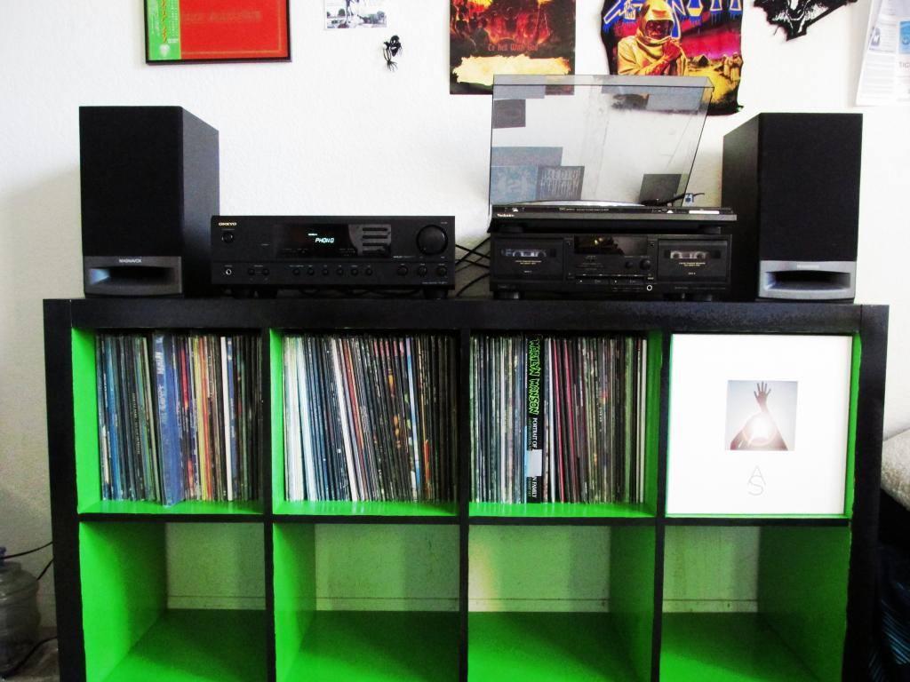 customiser ses expedit pour plus de fun vinyle actu. Black Bedroom Furniture Sets. Home Design Ideas