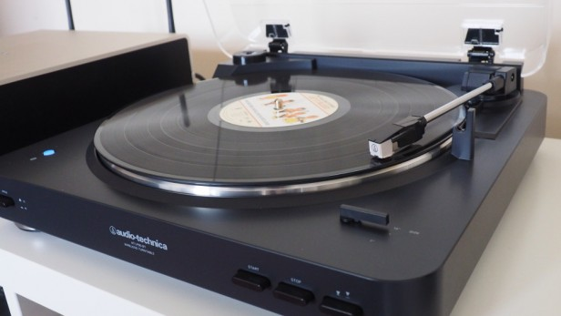 audio-technica-ath-lp60bt-6-3